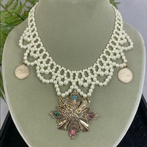 ✨Adorned Crown Pearl bead collar shield necklace